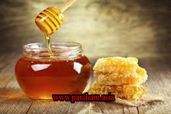 عسل و قرمزی پوست